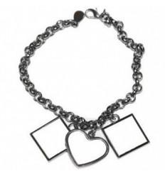 Bracelet avec 3 pendentifs...